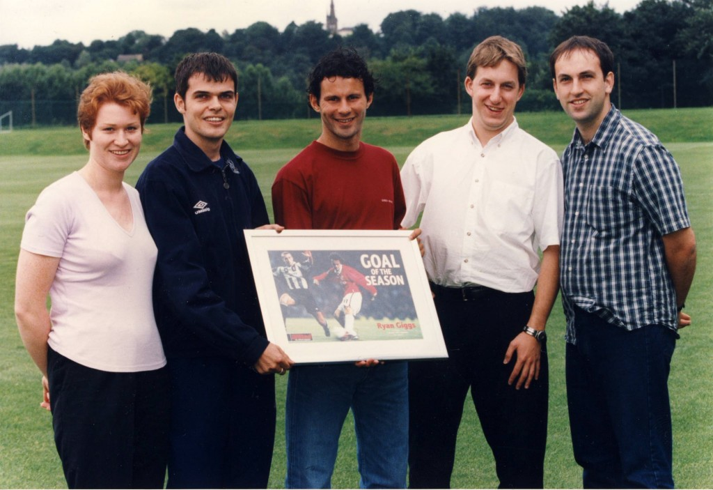 With the editorial team – including the legendary @sampilger) presenting Ryan Giggs with Manchester United official magazine's 1997/98 Goal of the Season award... He scored an even better one the following year.